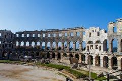 Ummauern Sie Fragment alter römischer Amphitheater Arena in den Pula, Kroatien lizenzfreies stockbild