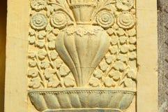 Ummauern Sie Kunst und Blumenarchitektur von 200 Jährige Tempel lizenzfreie stockbilder