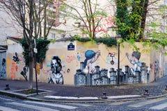 Ummauern Sie Wandmalerei durch berühmten französischen Straßenkünstler Seth Globepainter in Paris stockbild