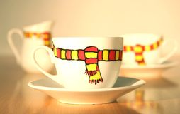 Umore di inverno in tazze di caffè Fotografie Stock