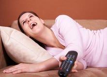 Umore sulla TV Fotografie Stock Libere da Diritti