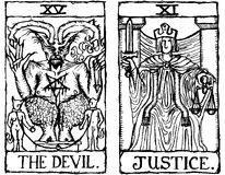 Umreiß v.3 mit zwei Tarot Karten Stockbilder