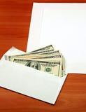 Umschlag mit einem Geld Stockbild