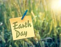 Umweltslogans, Sprechen und Phrasen über die Erde, die Natur und das gehende Grün Stockbild