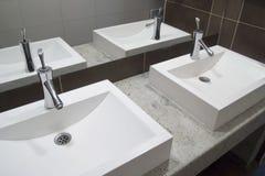 umywalkę w łazience Zdjęcia Royalty Free