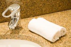 umywalkę w łazience Obrazy Royalty Free