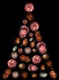 Un árbol de navidad hecho de fuegos artificiales Fotos de archivo