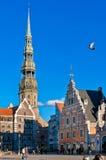 Un área del ayuntamiento está en Riga foto de archivo