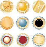 Un'accumulazione di nove monete Fotografia Stock