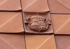 Un adorno del revestimiento de cerámica de la fachada griega de la calle del Kovacs Margit Ceramic Museum, Hungría fotos de archivo