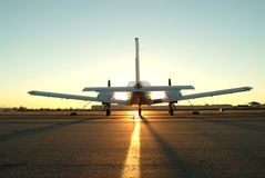 Un aeroplano gemelo del motor Fotos de archivo libres de regalías