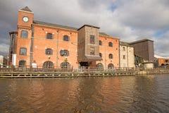 Un almacén victoriano renovado en el embarcadero de Wigan Fotografía de archivo libre de regalías