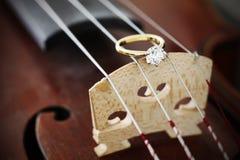 Un amour pour la musique. Photo stock