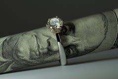 Un anillo de diamante del quilate Foto de archivo libre de regalías
