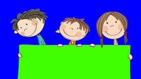 Un'animazione di tre piccoli bambini felici che stanno dietro l'insegna/bordo in bianco che stanno tenendo, fumetto disegnato a m illustrazione di stock