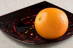 Un'arancia matura Fotografia Stock