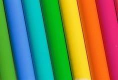 Un arc-en-ciel de couleurs faites par des crayons Images libres de droits