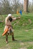 Un archer médiéval photographie stock libre de droits