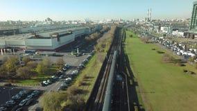 Un'area industriale della città archivi video