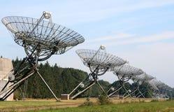 Un arsenal de los telescopios de radio en los Países Bajos imagen de archivo libre de regalías