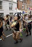 Un asistente del carnaval en el carnaval de Notting Hill Foto de archivo