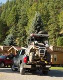 Un atv a chargé sur un camion de collecte Photographie stock libre de droits