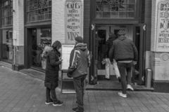 Un aumento del 21% de restaurantes y de barras en los Países Bajos en los 10 años pasados imagenes de archivo