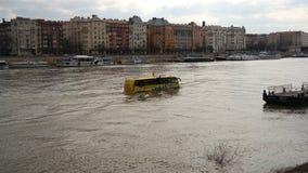 Un autobús flotante Fotos de archivo