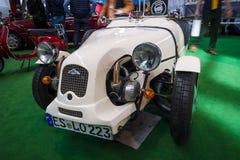 Un'automobile britannica Lomax 223 del corredo basato sulle componenti meccaniche di Citroen 2CV Fotografia Stock
