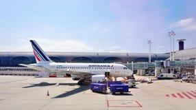 Un avion d'Airbus A318 d'Air France (AF) à CDG Images libres de droits