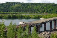 Un bacino idrico non finito Krapivino della diga Immagine Stock Libera da Diritti