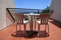 Un balcon espagnol d'hôtel image stock