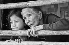 Un bambino non identificato di lunedì 7 anni e vecchio lunedì si riunisce per il pho Fotografia Stock Libera da Diritti