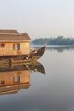 Un barco de casa Remansos de Kerala Fotos de archivo libres de regalías