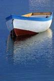 Un barco en el lago Ohrid foto de archivo
