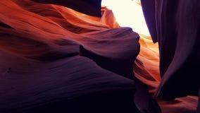 Un barranco más bajo en Arizona - el lugar más hermoso del antílope en el desierto almacen de metraje de vídeo