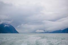 Un bateau au loin Photographie stock libre de droits