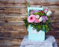 Un beau bouquet des fleurs Photo stock