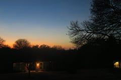 Un beau contraste de crépuscule et d'ombres photo stock