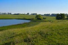 Un beau lac pour des poissons d'élevage Images libres de droits