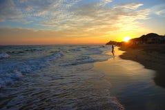 Un bello tramonto sulla spiaggia di San Carlos Sonora fotografia stock libera da diritti