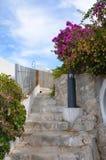 Un bello vicolo in Peschici Fotografia Stock