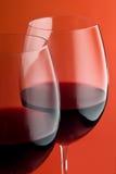 Un bicchiere di vino di due colori rossi Immagine Stock Libera da Diritti