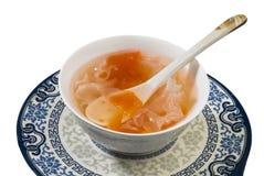 Basculez la soupe à tremella de papaye de sucre Image stock