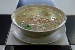 Un bol de soupe, cuisine thaïlandaise Image stock