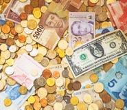 Un bon nombre d'argent différent photos libres de droits