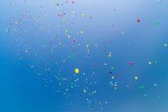 Un bon nombre de baloons d'hélium Photos stock