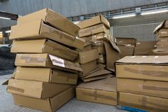 Un bon nombre de boîtes en carton Image libre de droits
