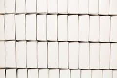 Un bon nombre de boîtiers blancs vides Photographie stock libre de droits