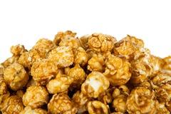 Un bon nombre de boules de maïs éclaté avec du sucre images stock